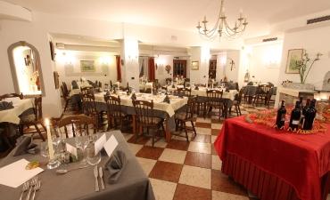 Ristorante Hotel Rosalpina e Ristorante A La Carta Lanterna Verde-5